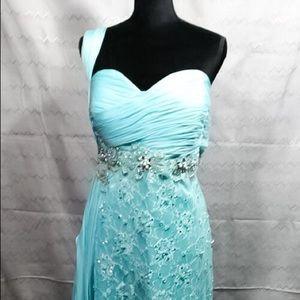 NWOT mint gown